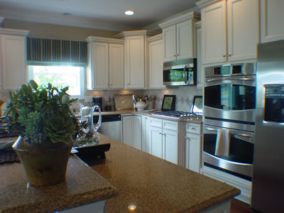 D R Horton Small Kitchen 2015 Home Design Ideas